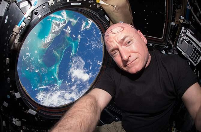 7 Astronaut Dengan Durasi Tinggal Di Ruang Angkasa Paling Lama kelly ngelag.com