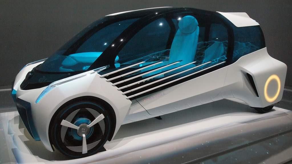 8 Mobil Keren Yang Populer Di Tokyo Auto Show 2015_Toyota-FCV-Plus