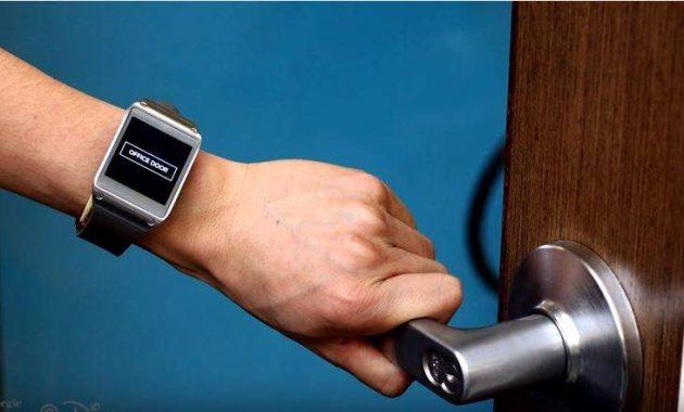 EM-Sense - Disney Menciptakan Smartwatch Yang Mengetahui Apa Yang Kamu Pegang