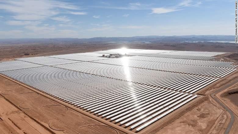 Pembangkit Listrik Tenaga Surya Terbesar Didunia Dibangun Di Gurun Sahara 2