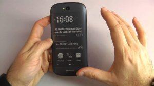 Yotaphone 2 Smartphone Dengan 2 Buah Layar Harga , Spesifikasi 3