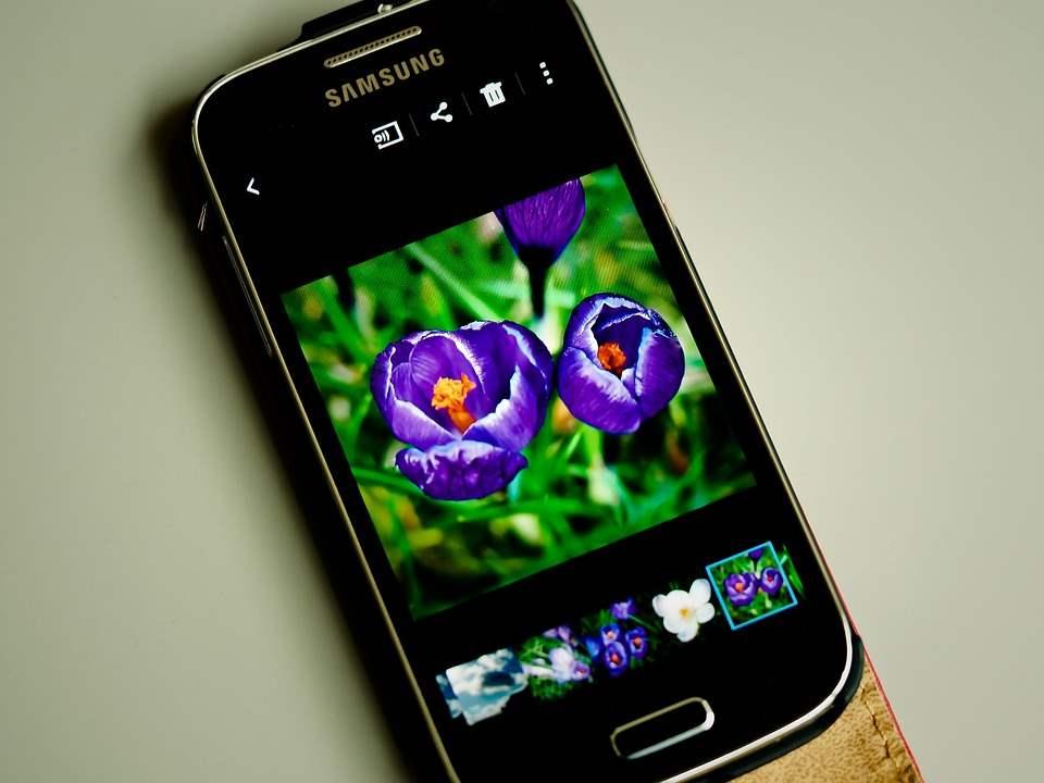 Jangan Percaya Mitos Teknologi Ini Smartphone Bagus Itu Punya Resolusi Layar Yang Tinggi
