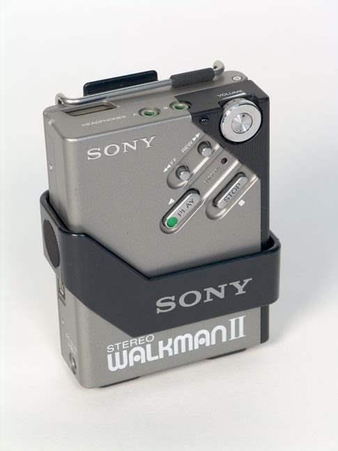 Walkman , Gadget Portable Cassette Player Jadul