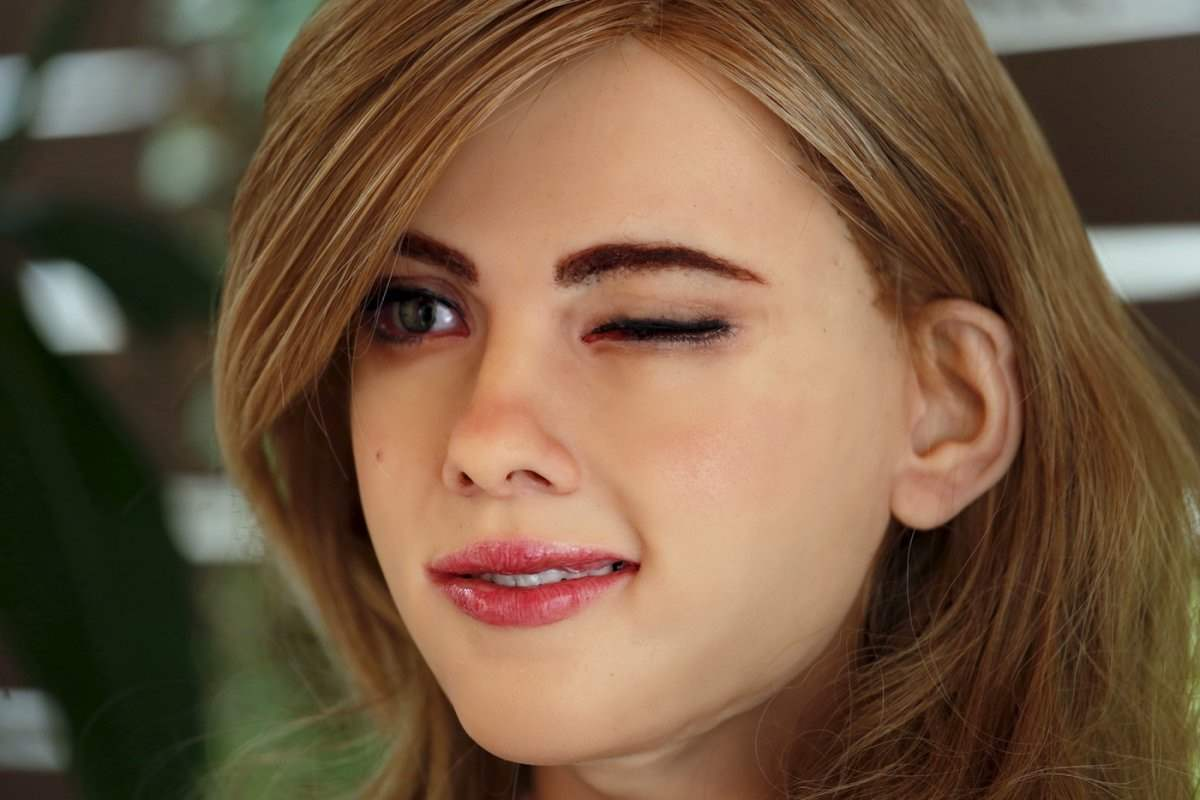 Robot Scarlett Johansson 3