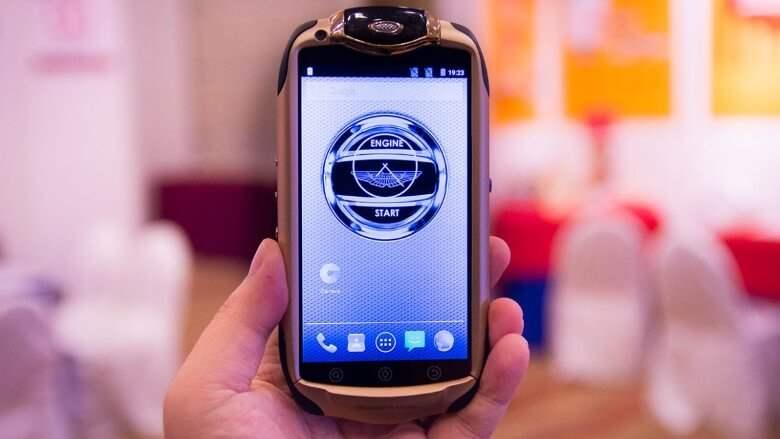 Aston Martin Racing 808 Smartphone Paling Mahal Didunia 2016